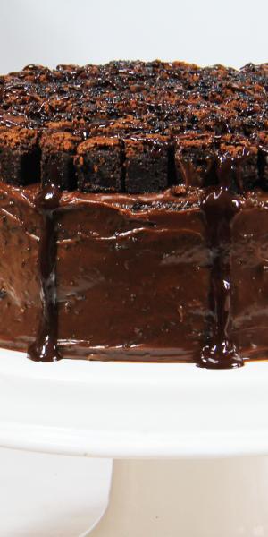 Bolo-Black-Cake-Di-Norma